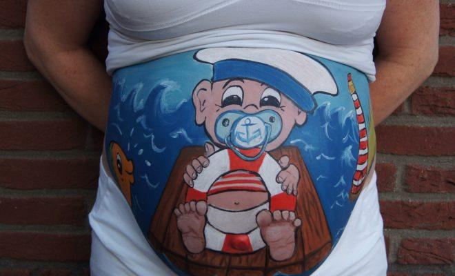 15 Halloween Costume Ideas For Pregnant Ladies