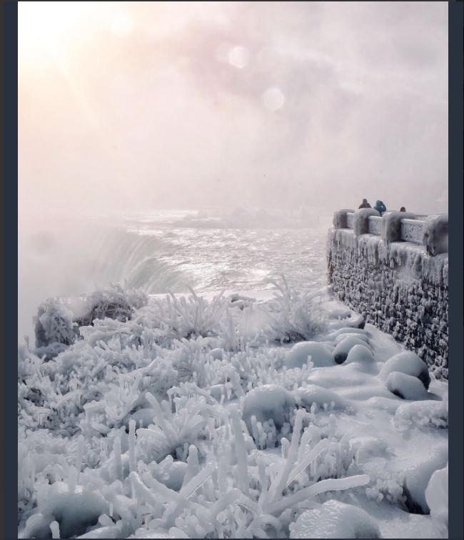 Niagara Falls Transformed Into An Amazing A Winter Wonderland