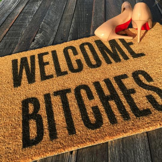 20 Very Offensive And Funny Doormats Every Household Must Own